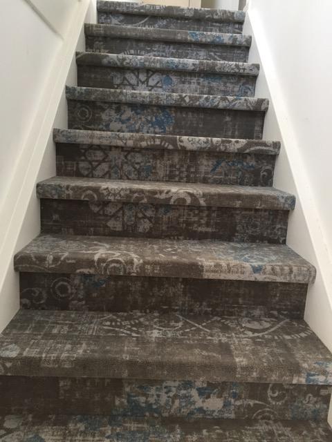 dichte trap vloerbedekking tapijt vintage